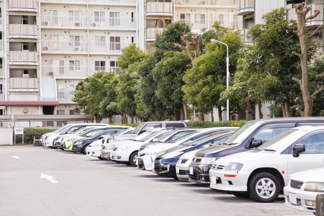 賃貸マンションの駐車場